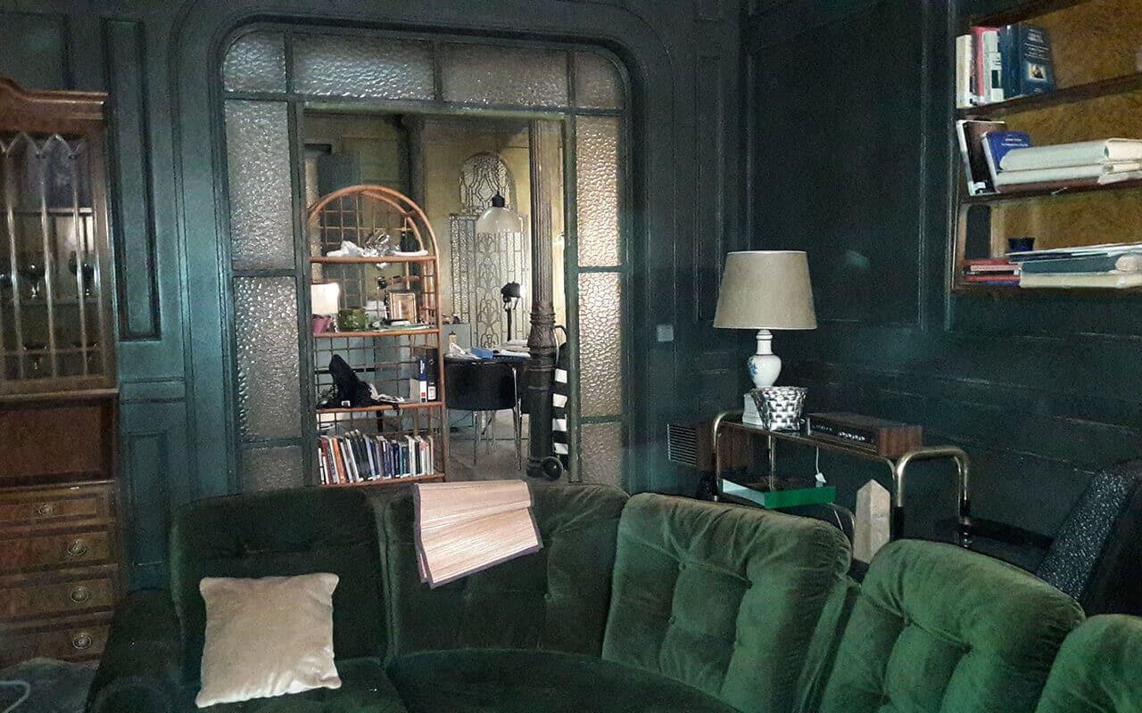 vista del sofá de casa de Márquez. Estoy vivo